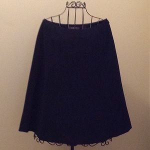 Liz Claiborne flared black skirt